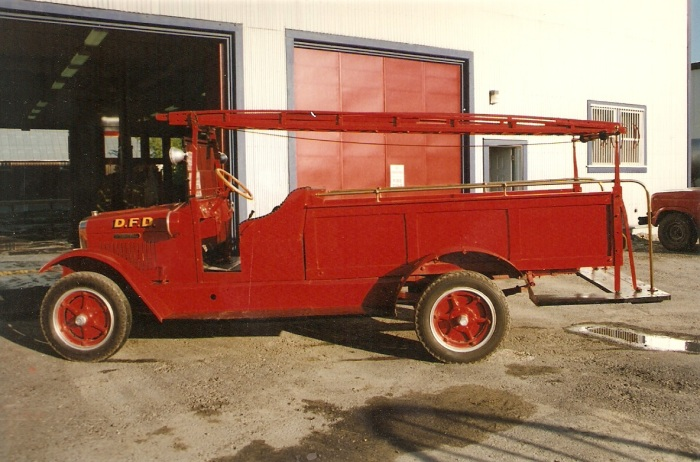 1927 International 2.5 Ton Speed Wagon